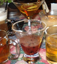 Amber%20drinks%20cropped.jpg