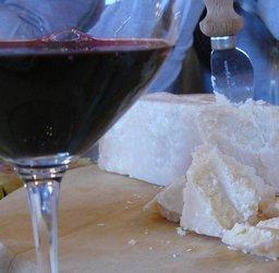 Cheese%20w%20wine%20glass.JPG