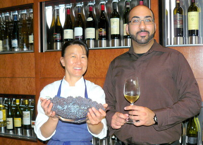 Chef%20Lisa%20Nakamura%20at%20bin%20Vivant%20with%20barman%20Yahsar%20Shayan.JPG