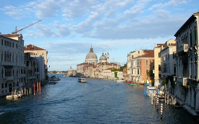 Grand%20Canal%20from%20Accademia%20bridge.jpg