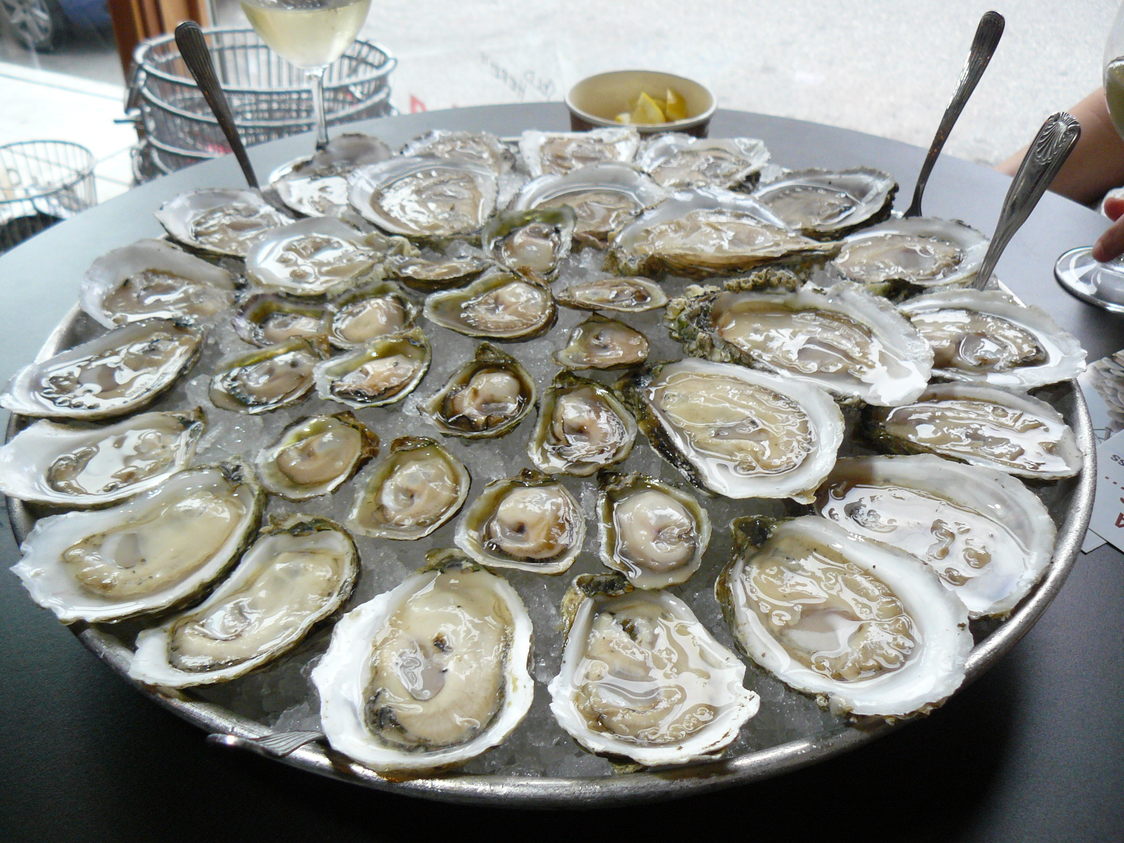 5 Great Oyster Happy Hours In La Renting Tips Amp Advice From Apartments Com