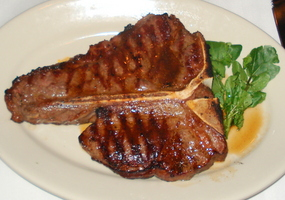 Porterhouse%20at%20Mortons.JPG