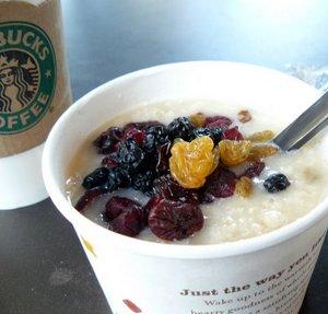Starbucks%20oatmeal.JPG