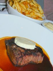 Steak%20w%20gorgonzola%20butter%20at%20Brass%20l%27Ecole.JPG