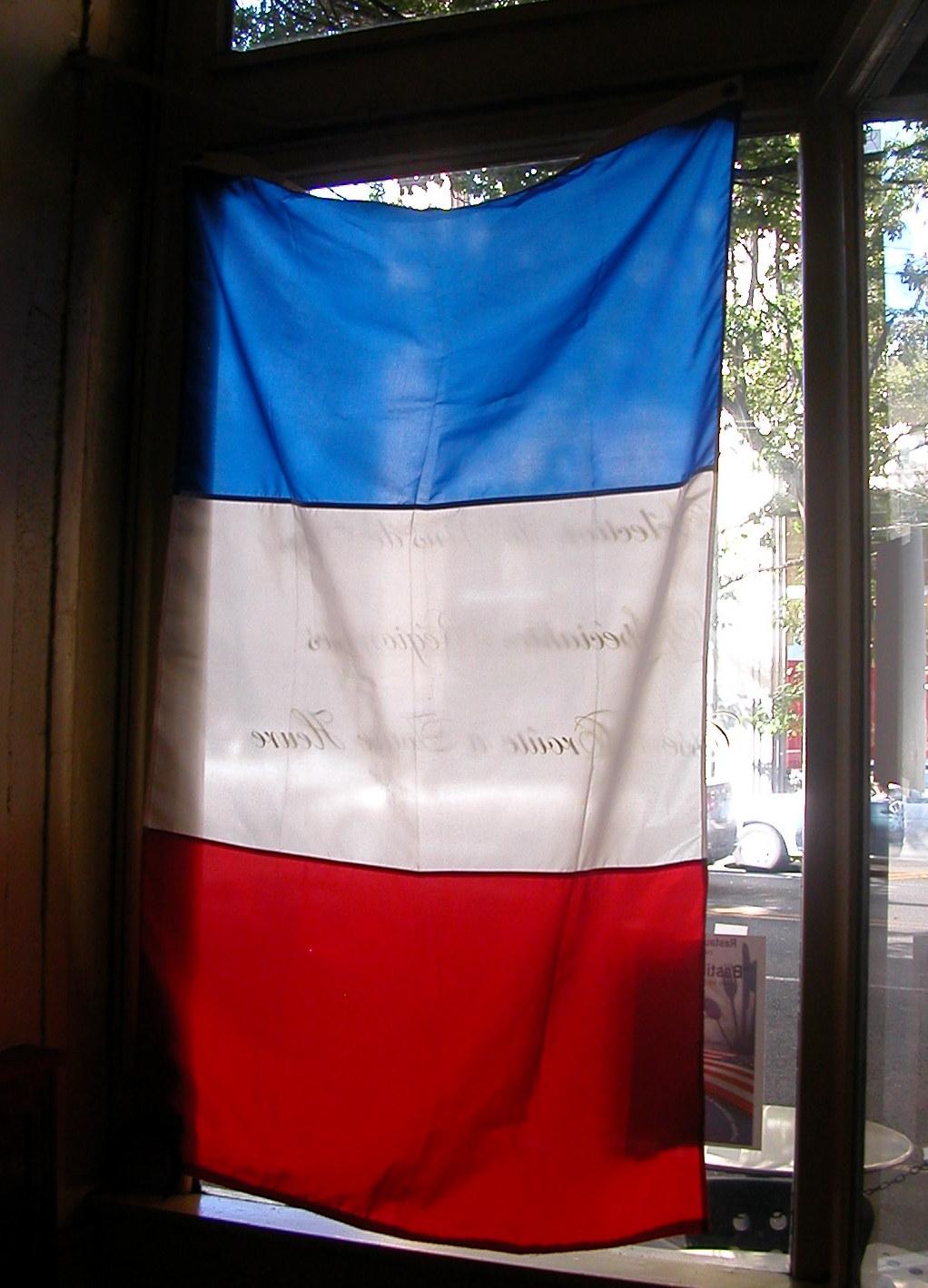 Tricolor at Le Pichet.JPG