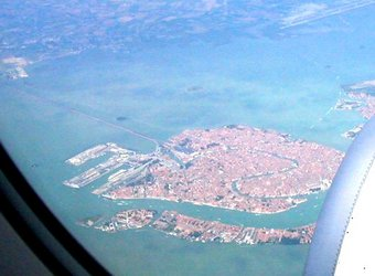 Venice%20from%20the%20air.jpg