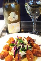 Cheese curds w Asian Pear wine.JPG