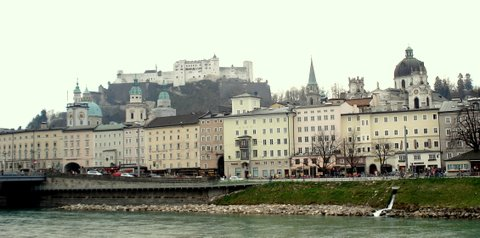 Salzburg from bridge.JPG