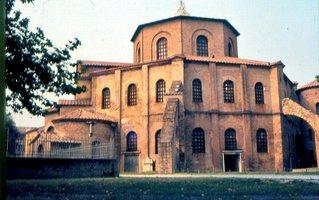 San_Vitale_Ravenna.jpg
