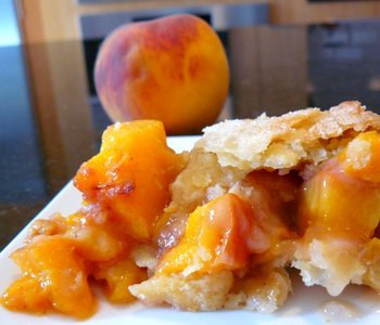 Kate's peach pie.JPG