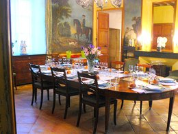 Chateau dining room.JPG