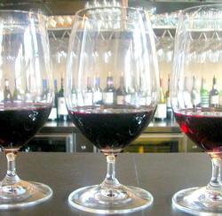 Red wine  w glasses.jpg