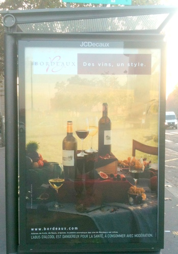 Bordeaux at Paris bus stop.JPG