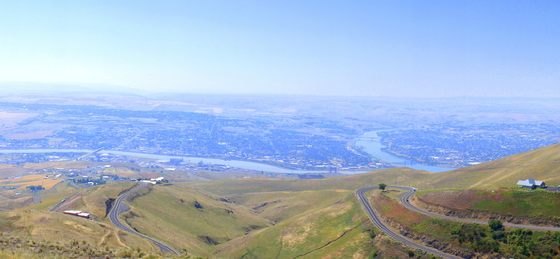 Panorama overlooking Lewiston.JPG